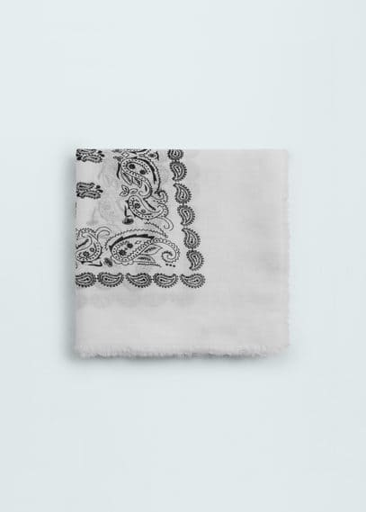 Paisley print scarf | MANGO