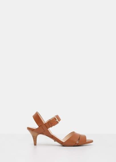 Sandales croûte de cuir à franges | VIOLETA BY MANGO