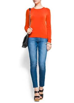 Slim-fit round neck jumper