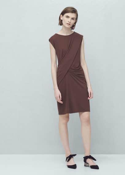 Vestido pormenor drapeado | MANGO