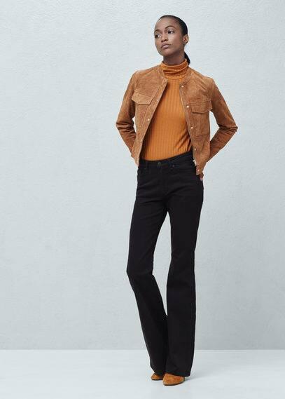 Замшевая куртка с карманами | MANGO