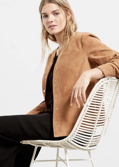 Buttoned suede jacket | VIOLETA BY MANGO