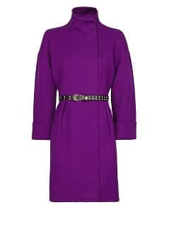 Pleated coat with belt