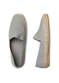 Nubuk-Schuhe im Espadrille-Stil