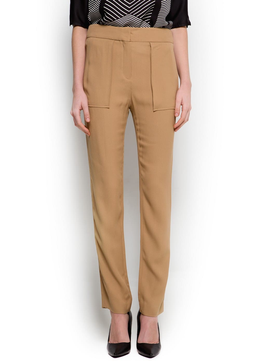 Maxi-pockets trousers