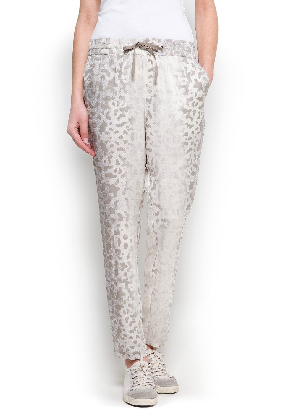 Tapered printed trousers
