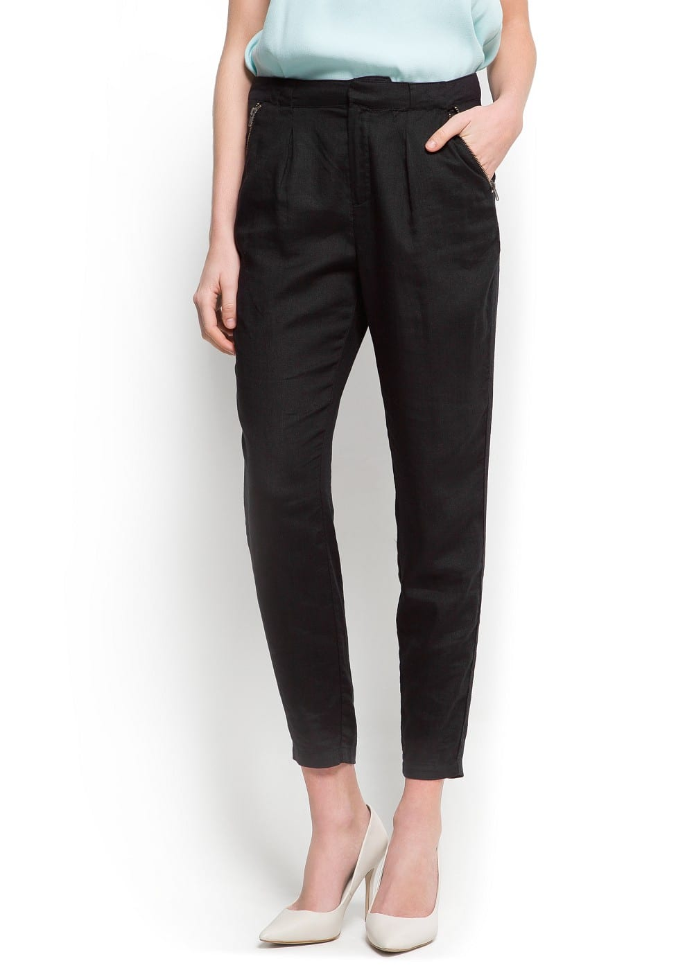 Zipped pockets trousers