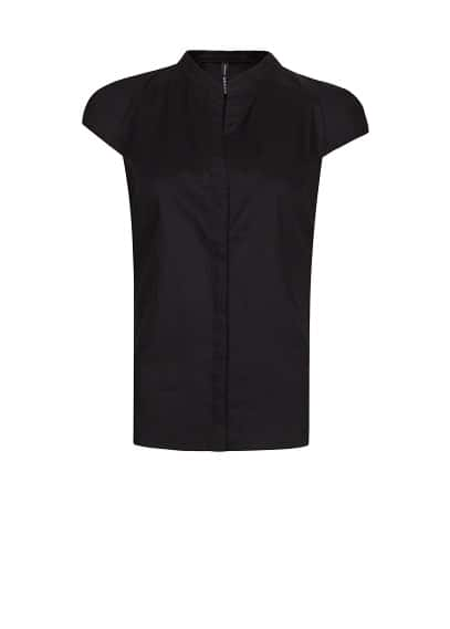 Pleated shoulders shirt