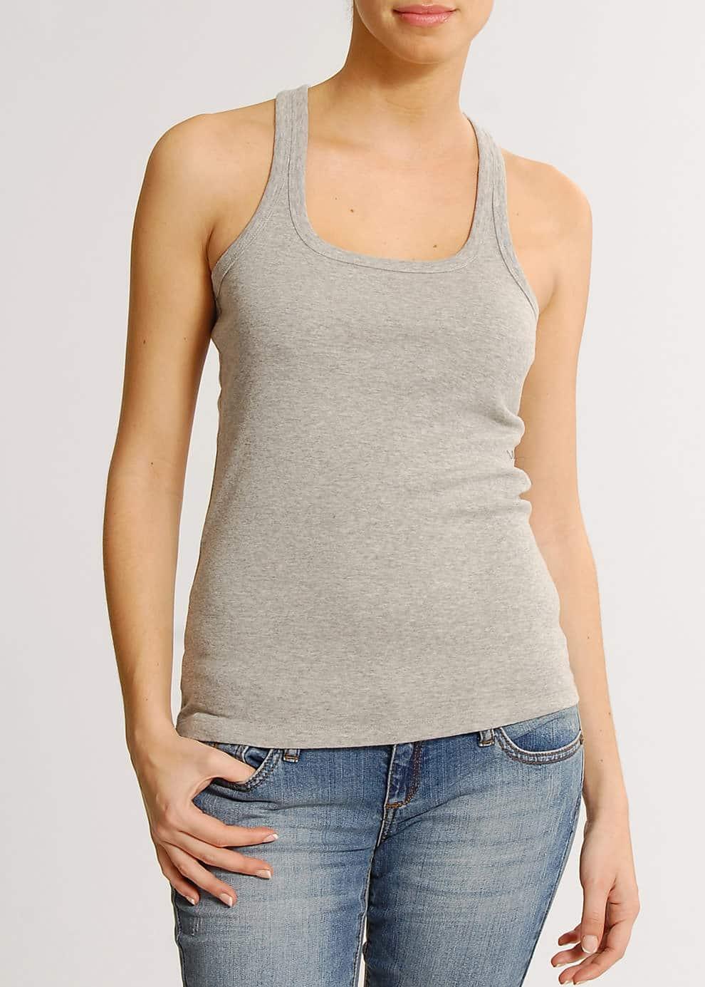 Slim-fit sleeveless t-shirt