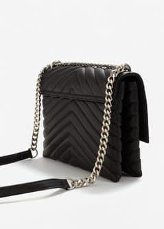 Quilted chain bag - Woman | MANGO Saudi Arabia : black quilted chain bag - Adamdwight.com
