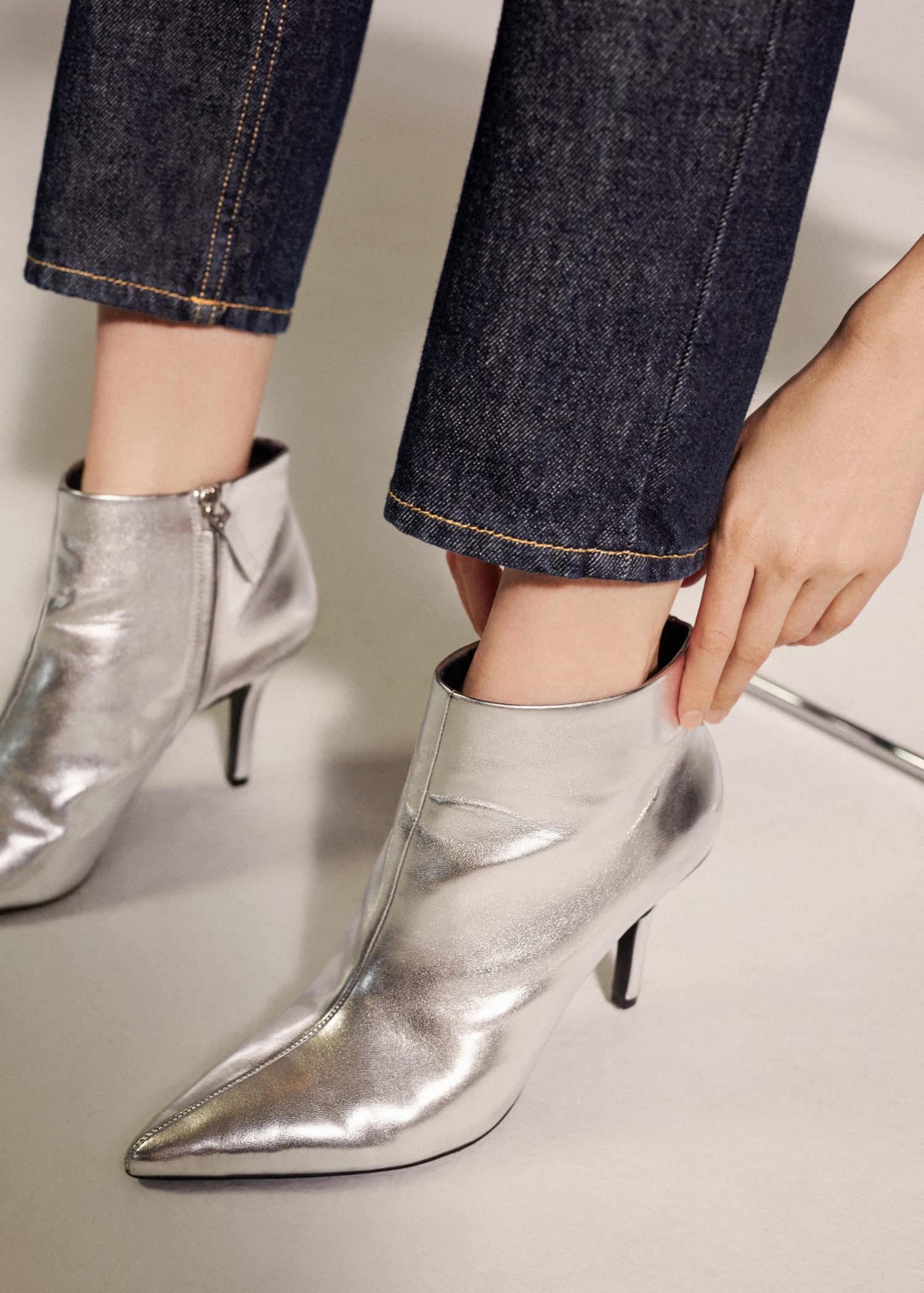 Metallic finish ankle boots - Woman