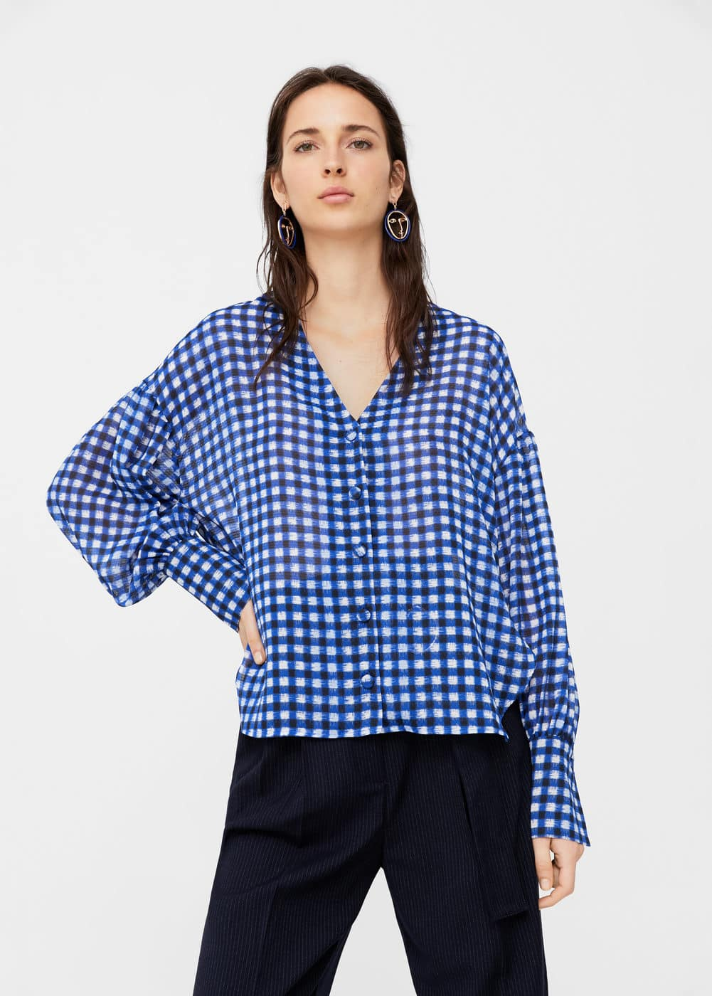 Lightweight check blouse | MANGO