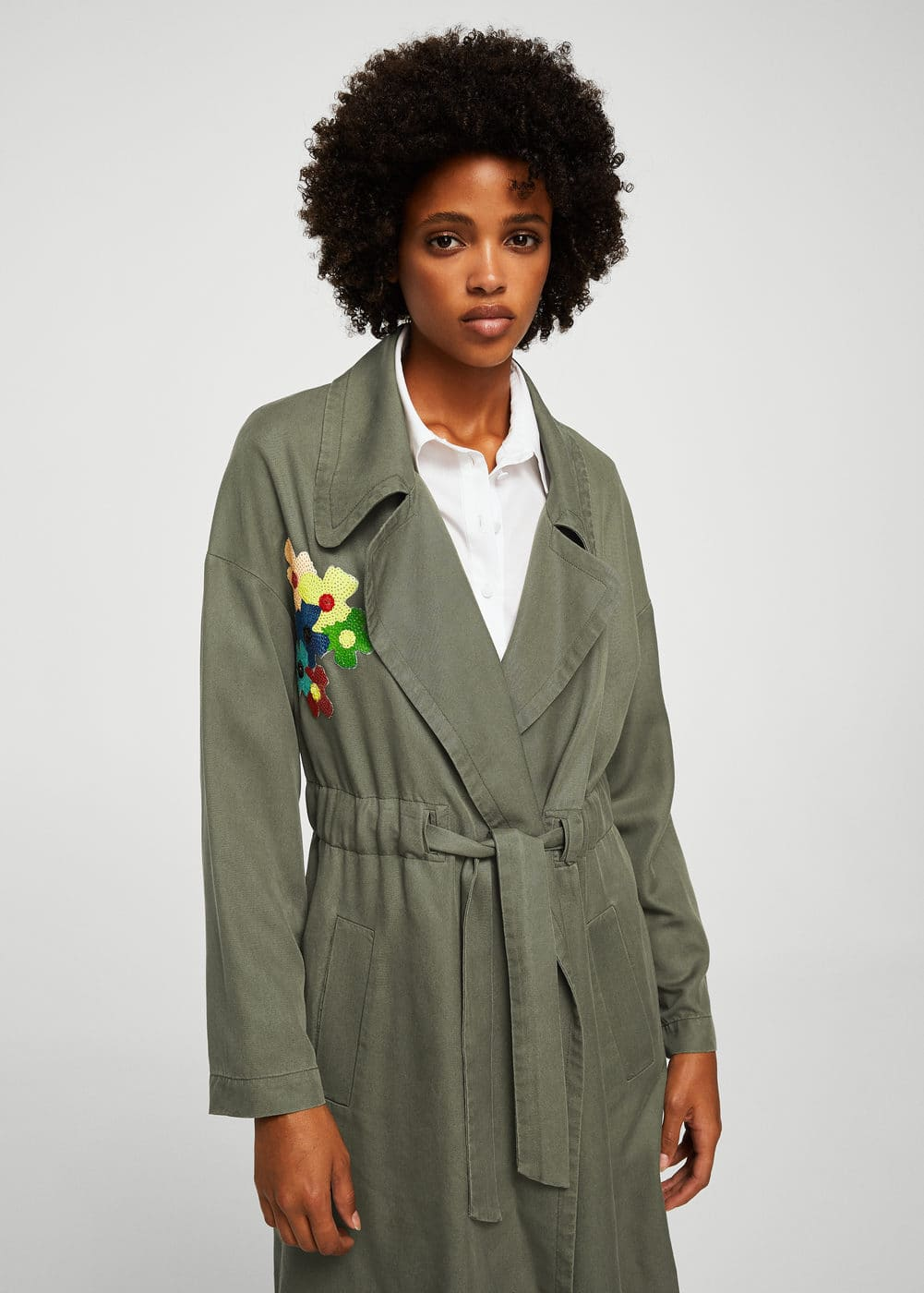 Sequined embroidery trench | MANGO