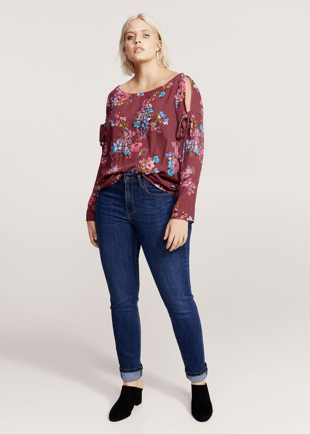 Printed off-shoulder blouse | MANGO