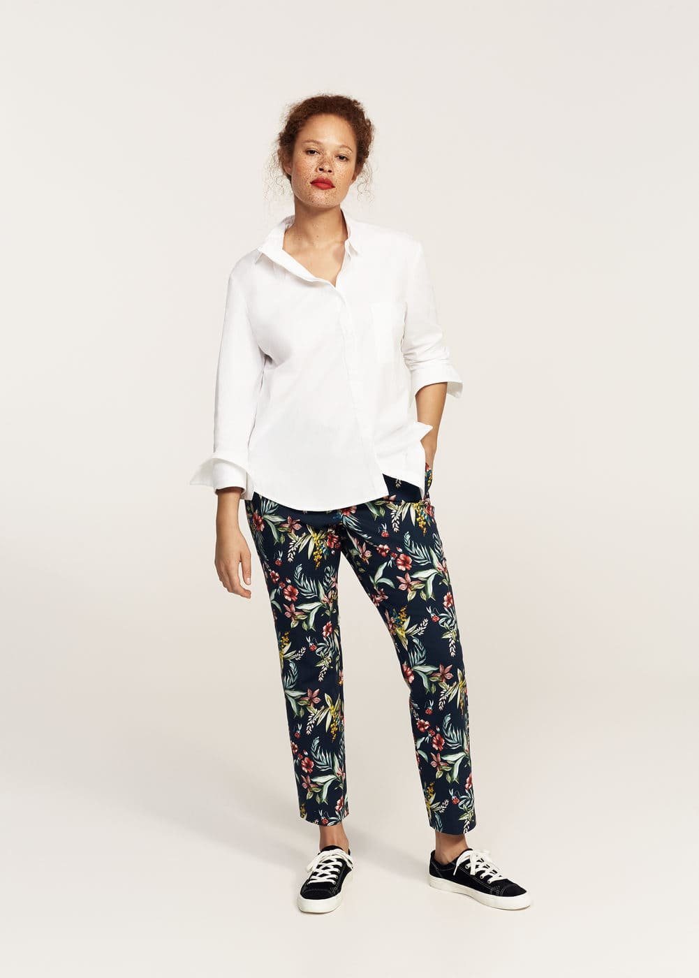 Floral print cropped trousers | MANGO