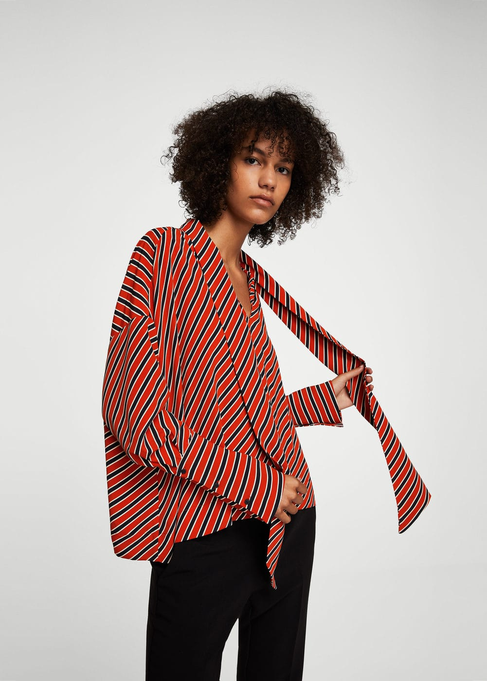 Striped bow blouse | MANGO