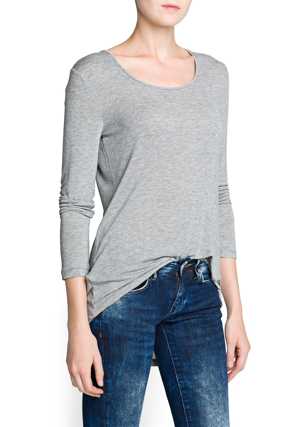 Scoop neckline lightweight t-shirt | MANGO