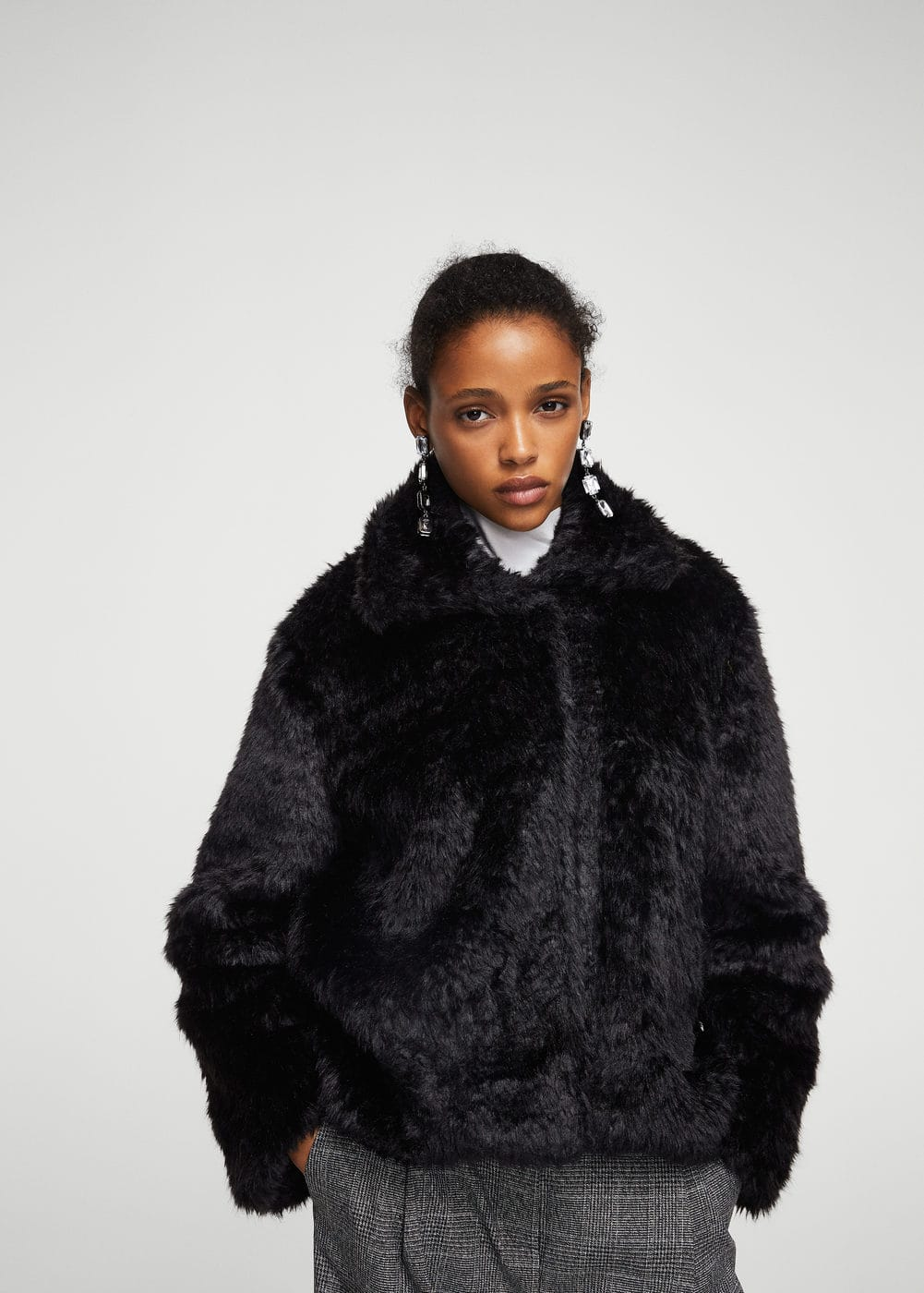 Lapels faux fur coat | MANGO