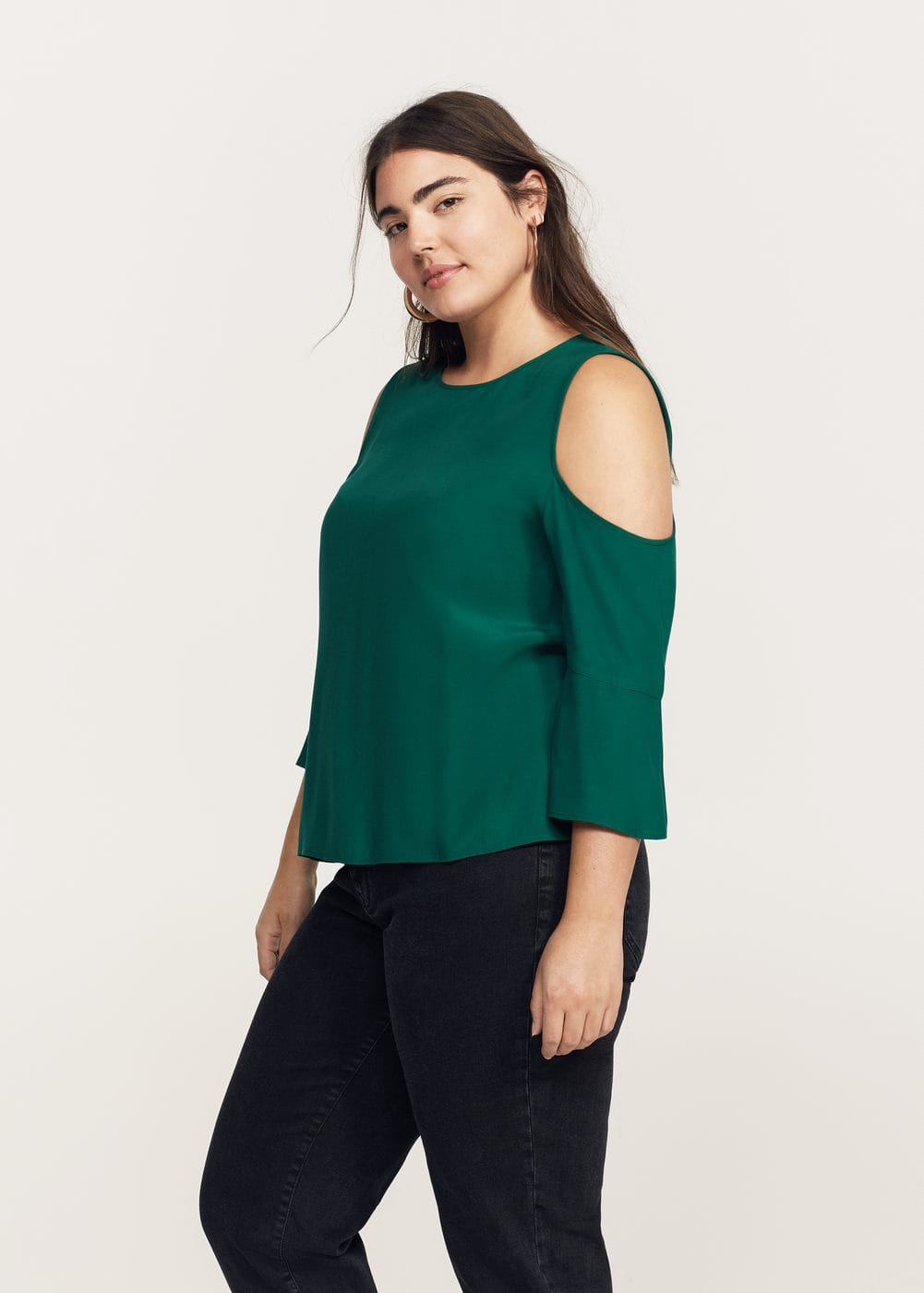 Flowy off-shoulder blouse | VIOLETA BY MANGO