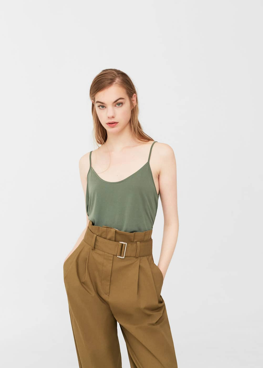 Side slit modal top | MANGO