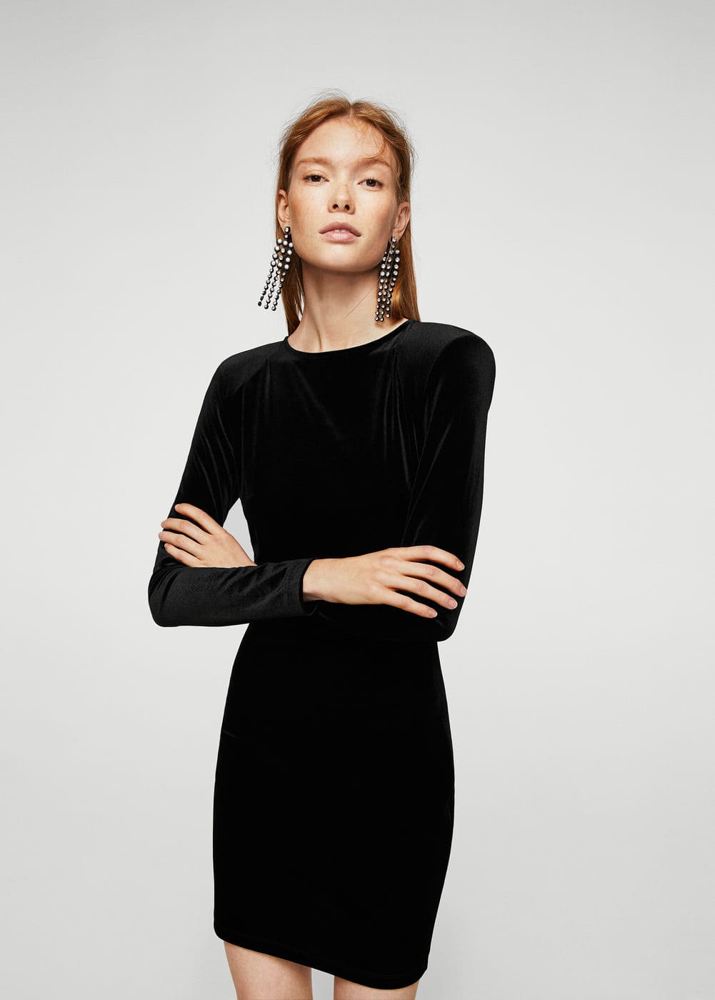 Shoulder pad velvet dress | MANGO