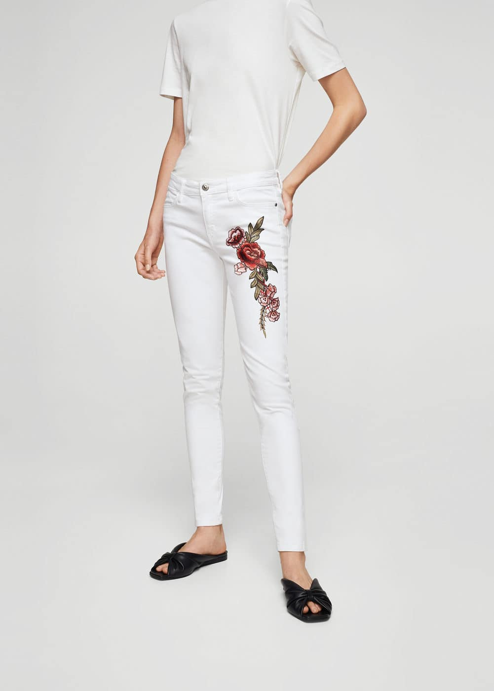 Embroidered skinny jeans | MANGO