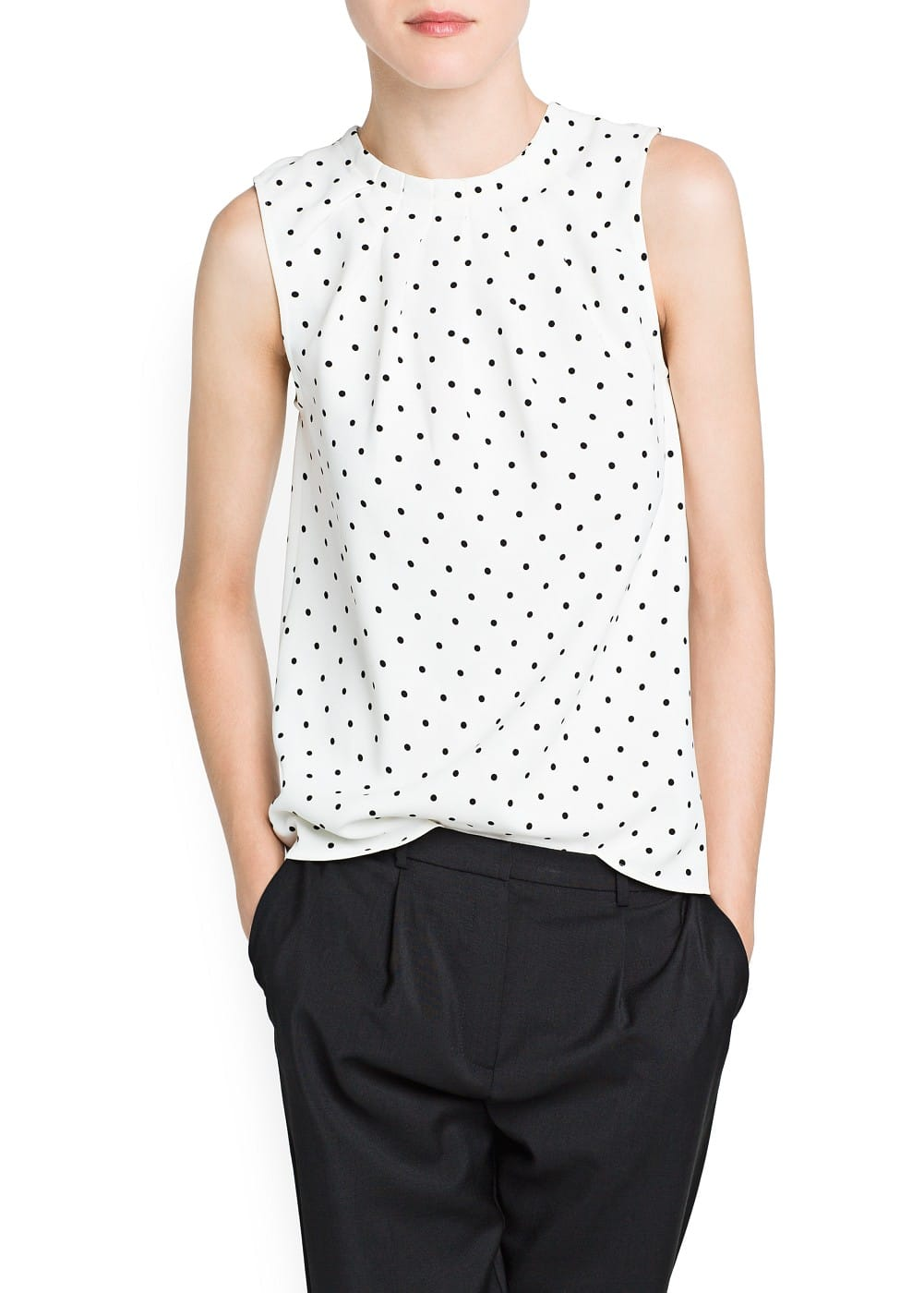 Decorative pleats polka dot top | MANGO
