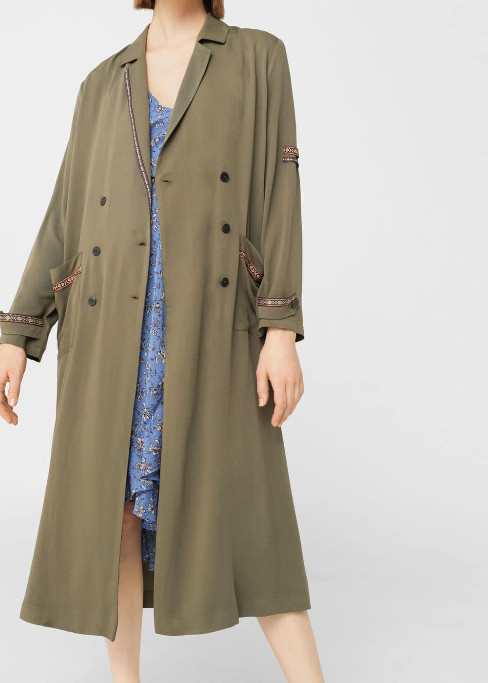 Contrast-trim trench coat | MANGO