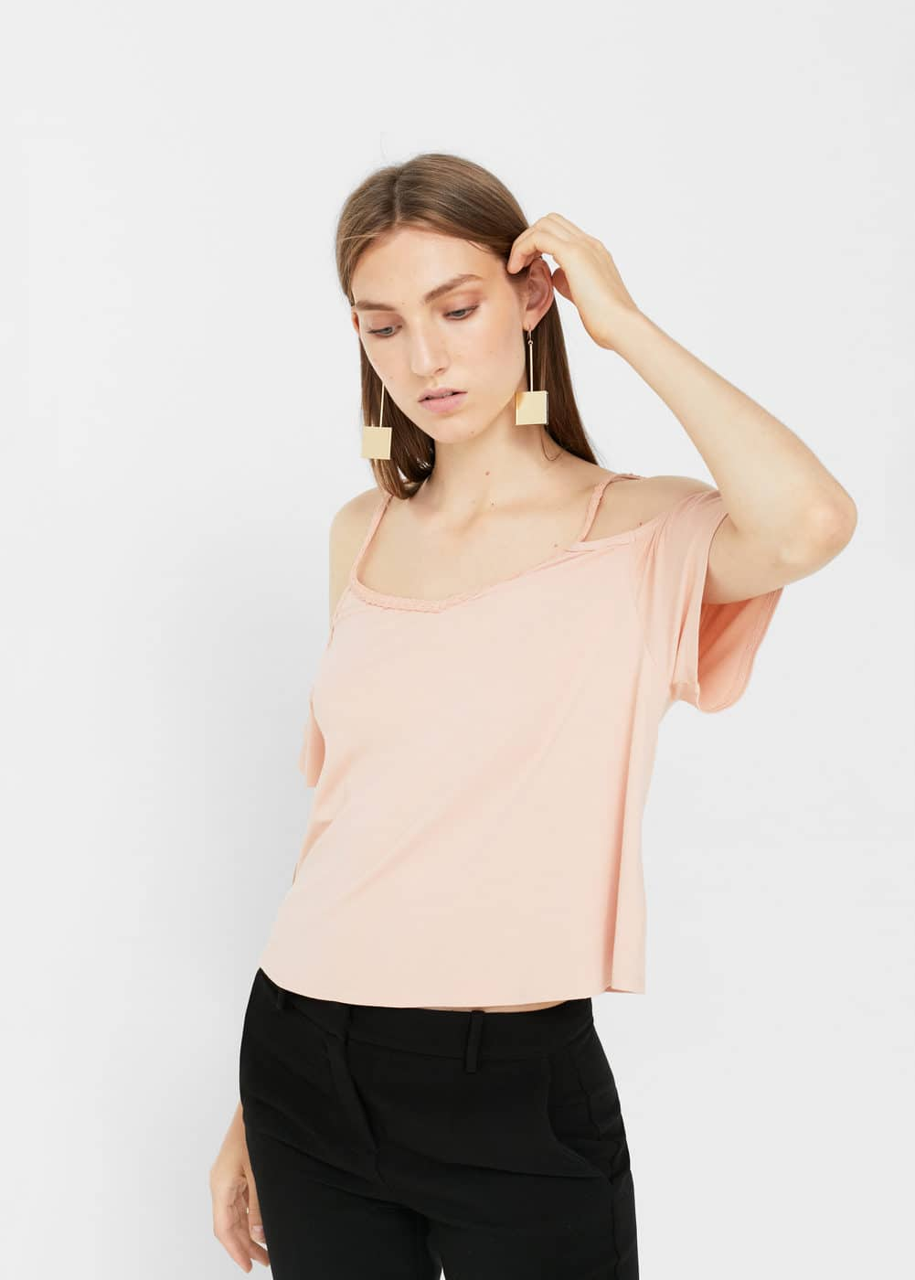 Top crop off-shoulder | MANGO