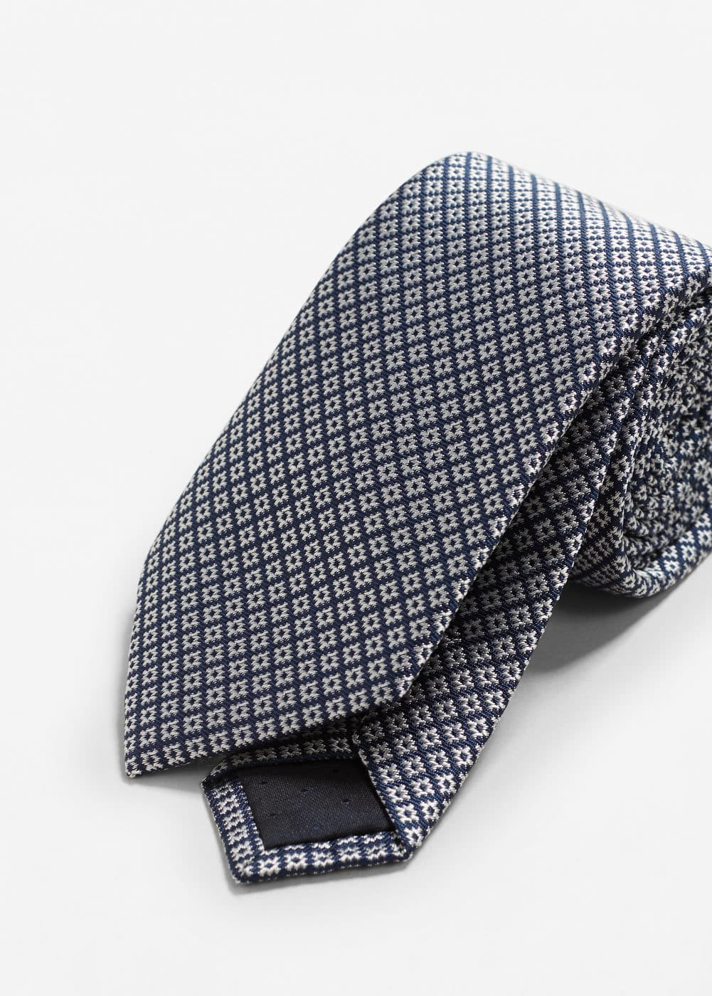 Geometric patterned silk tie | MANGO
