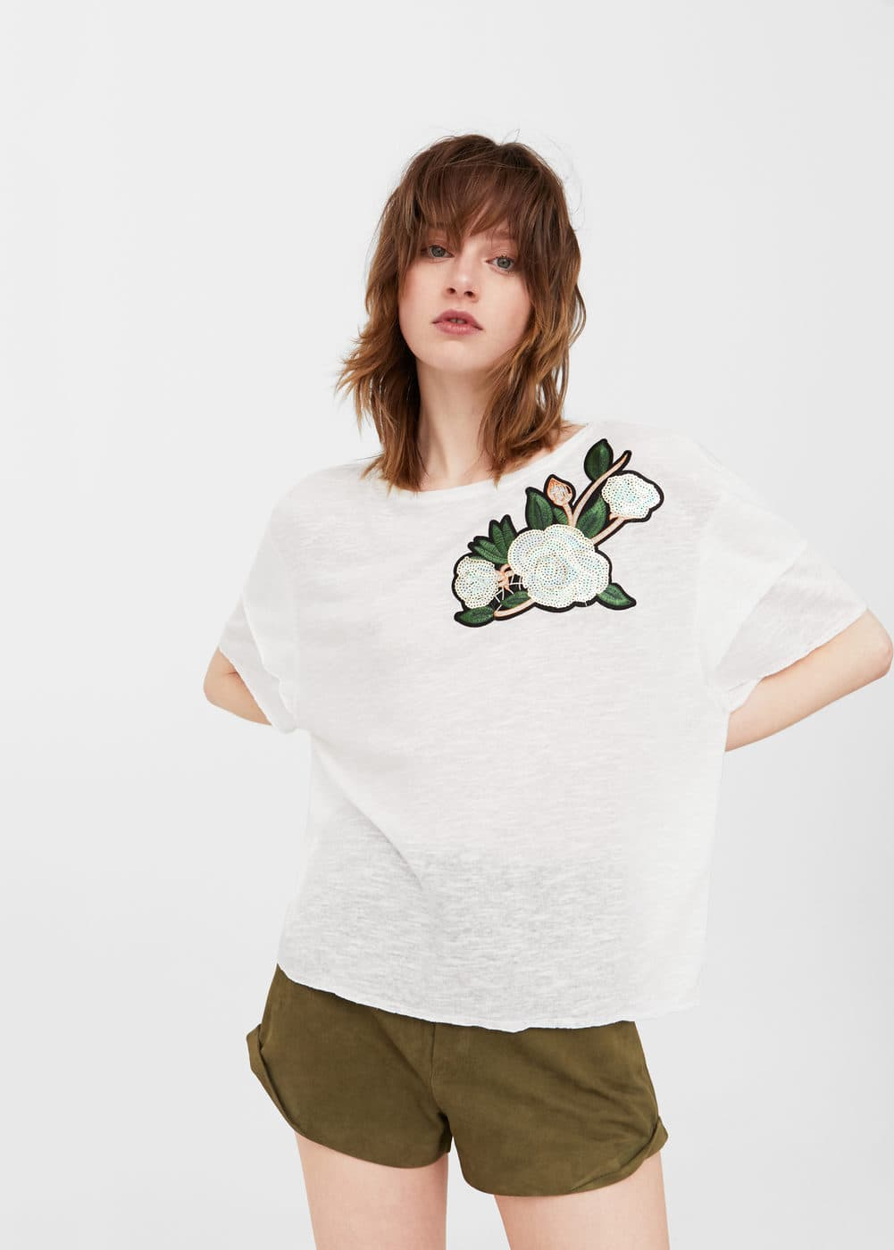 Embroidered flowers t-shirt | MANGO