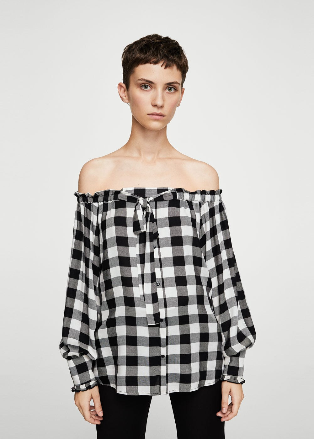 Off shoulder check blouse | MANGO