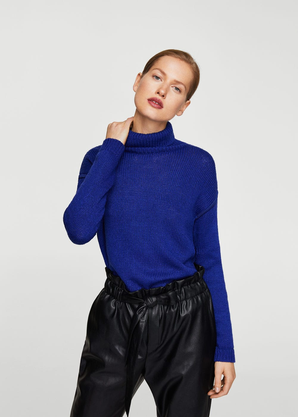 Turtleneck sweater | MANGO