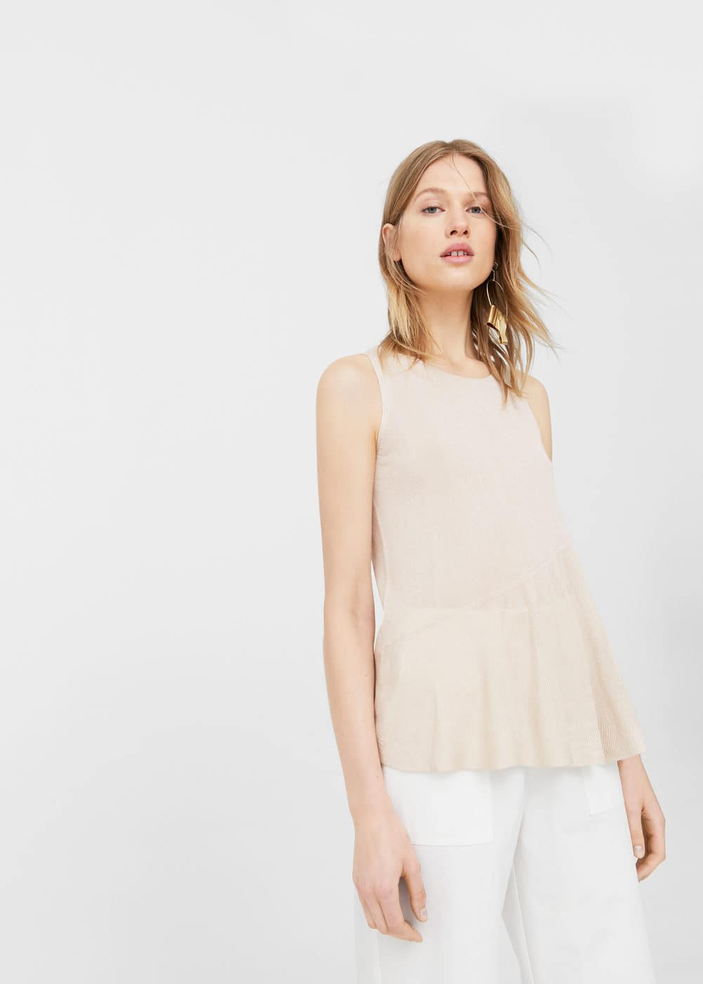 Ruffle knit top | MANGO
