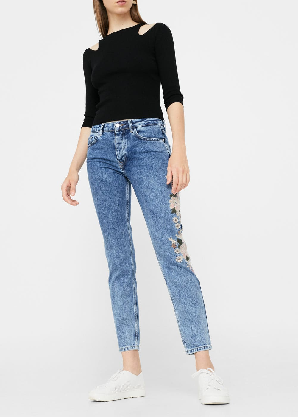 Embroidered relaxed spring jeans | MANGO