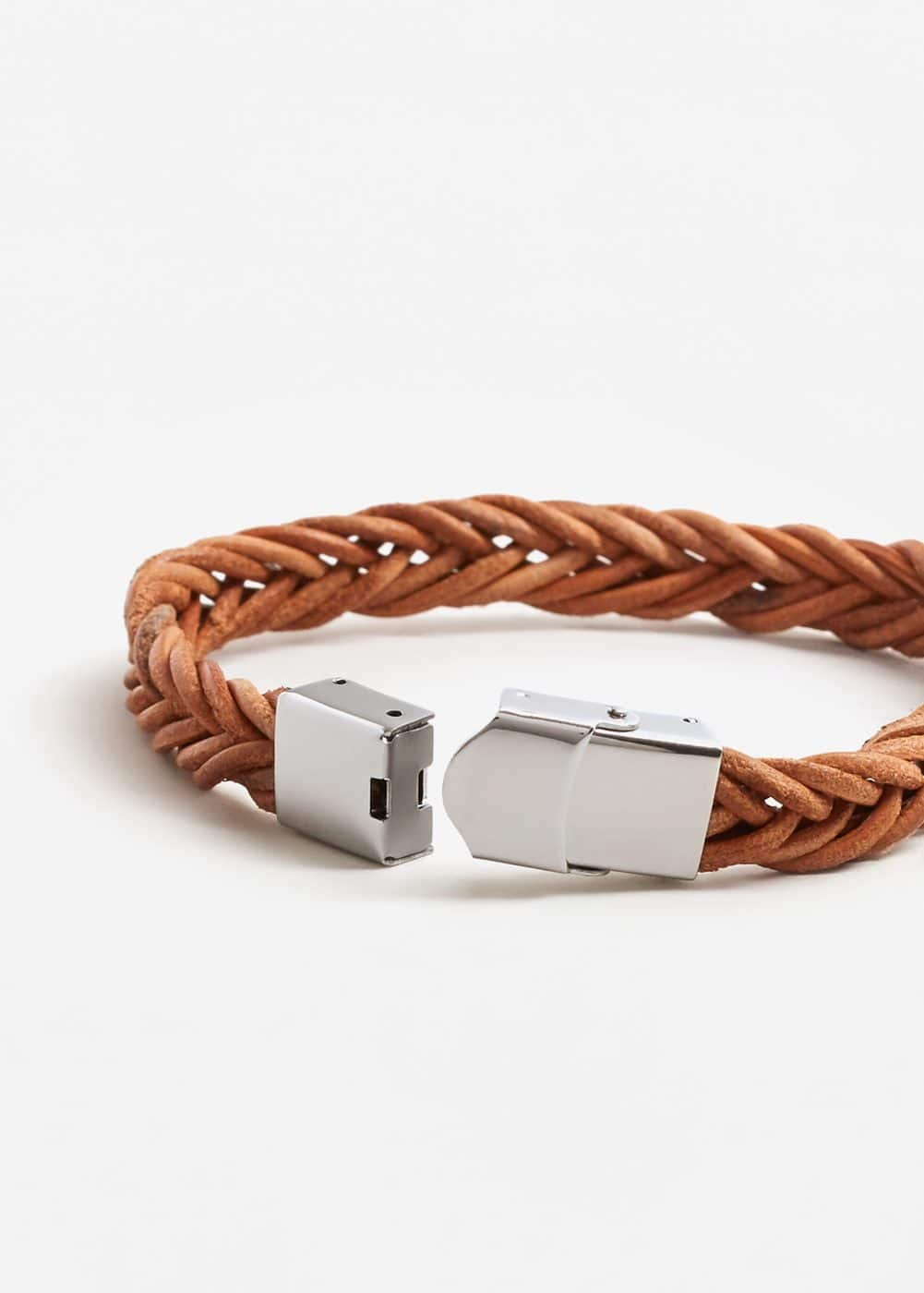 Leather braided bracelet | MANGO MAN