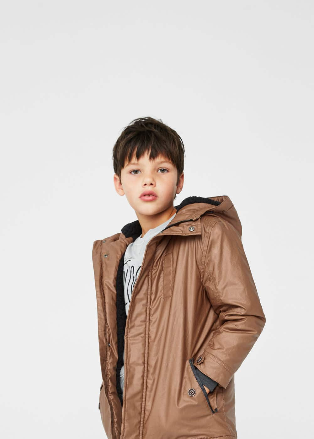 Hooded water-repellent coat | MANGO