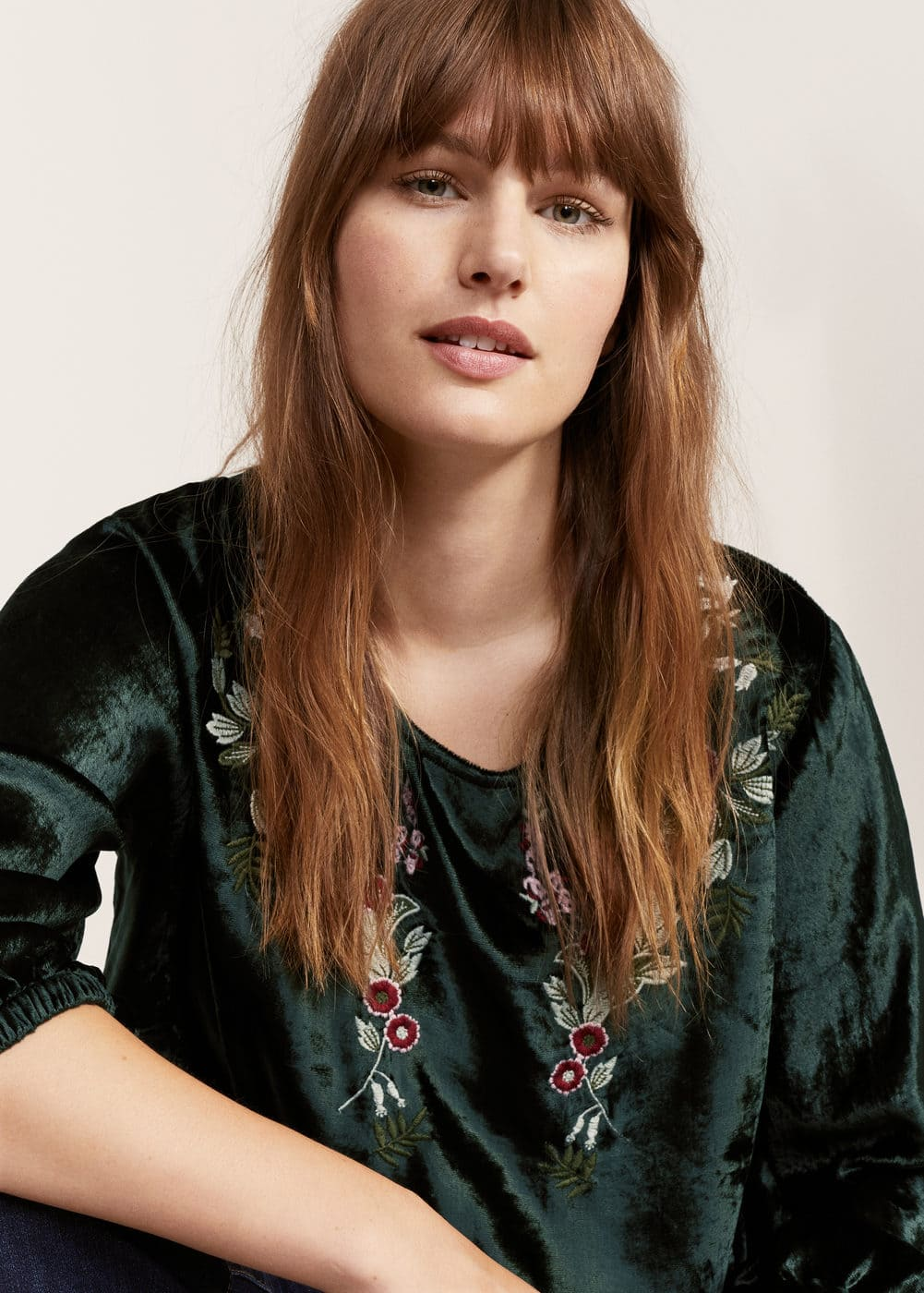 Textured embroidered blouse | MANGO