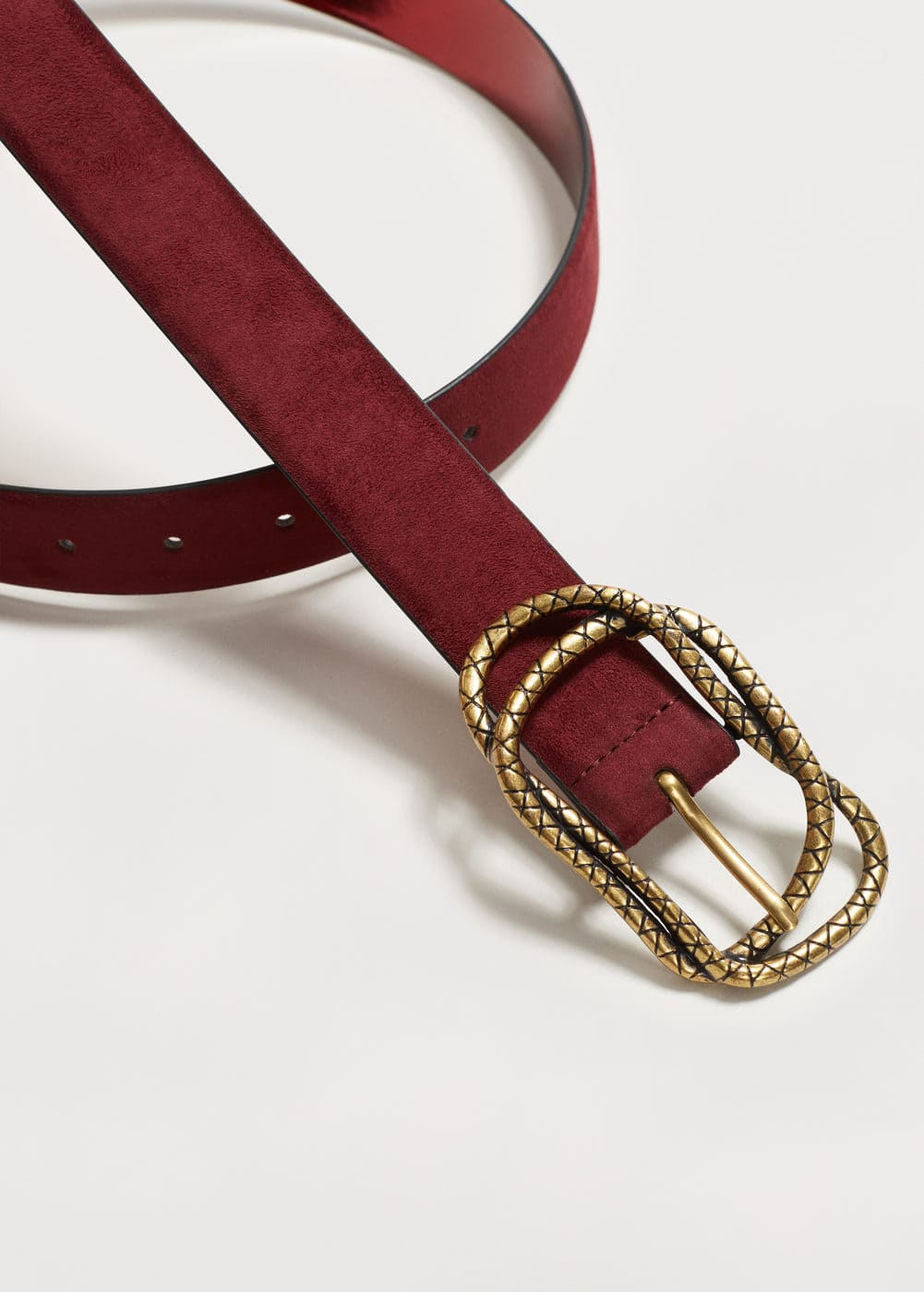 Embossed buckle belt | VIOLETA BY MNG