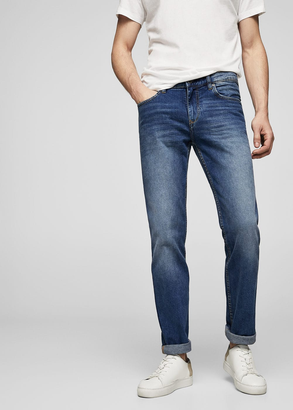 Dunkle slim fit jeans tim | MANGO MAN