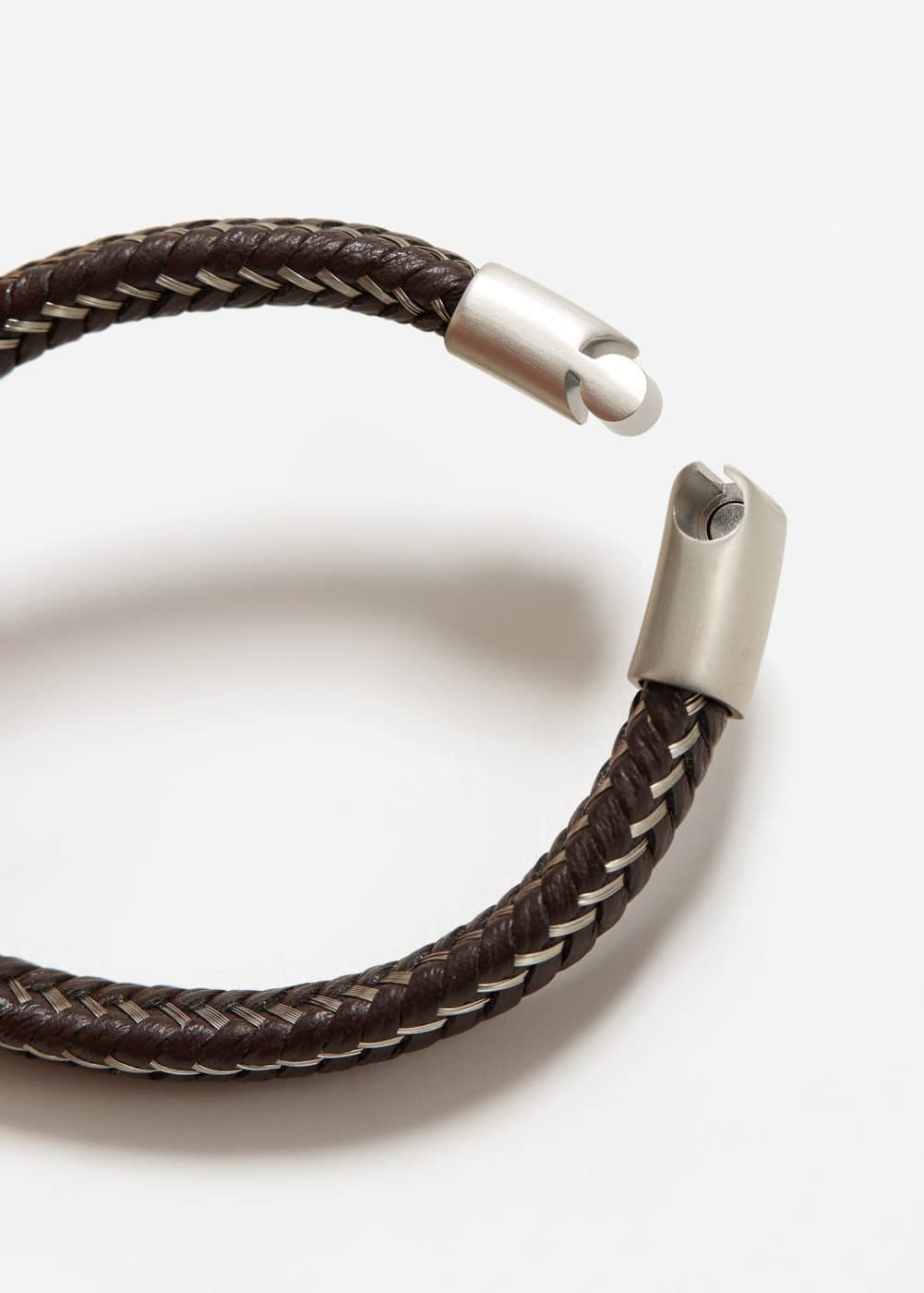 Metal hook leather bracelet | MANGO