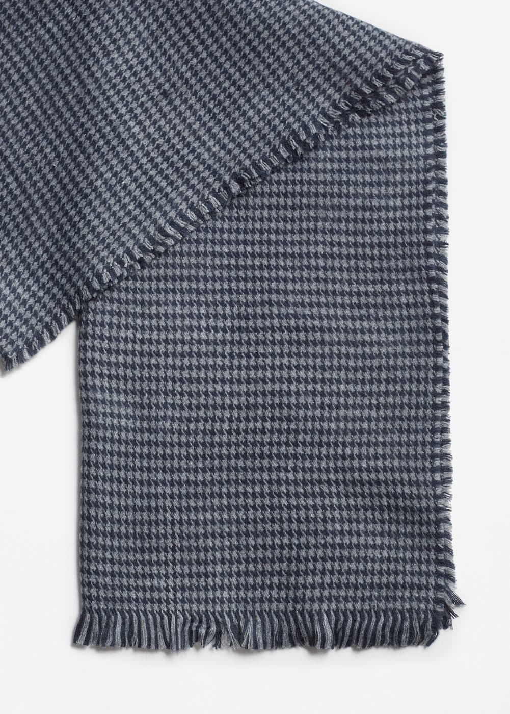 Houndstooth knit scarf | MANGO