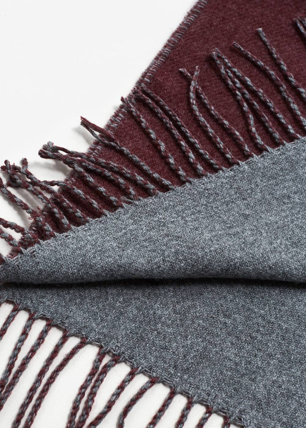 Contrast detail scarf | MANGO