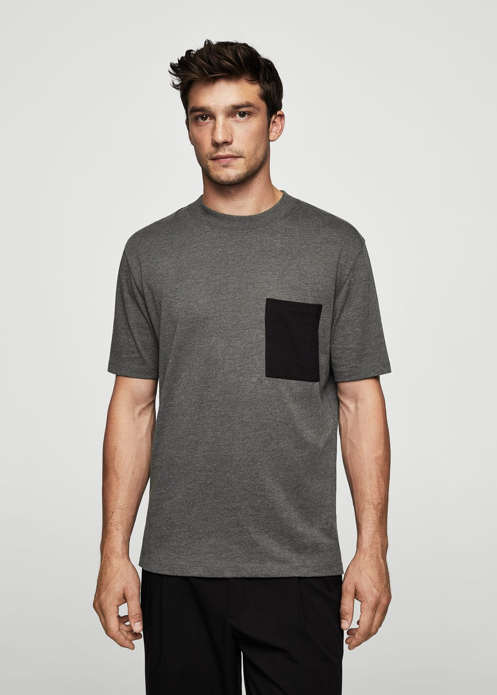 Contrasting cotton-blend t-shirt | MANGO