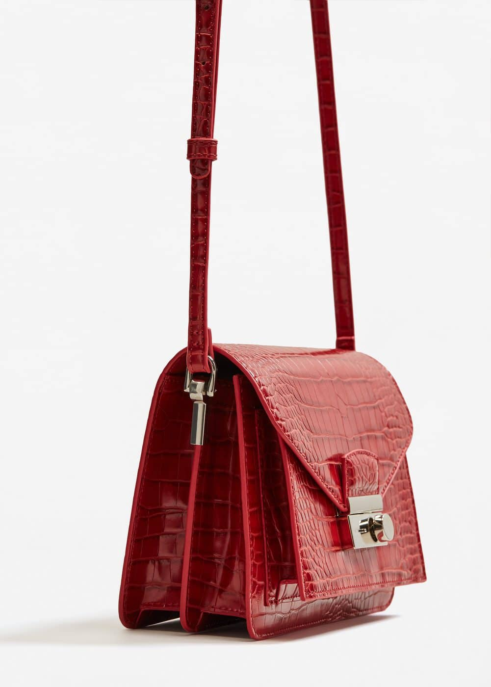 Croc-effect cross body bag | MANGO