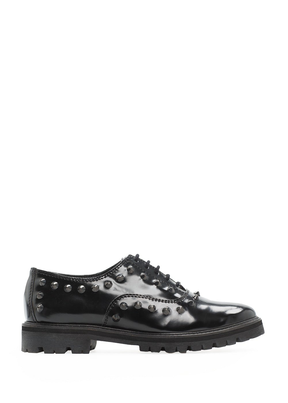 Studded oxford shoes | MANGO
