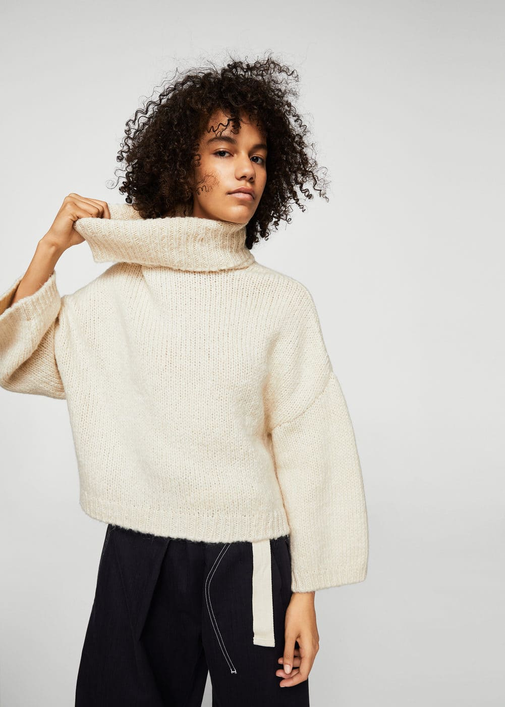 Turtle neck sweater | MANGO