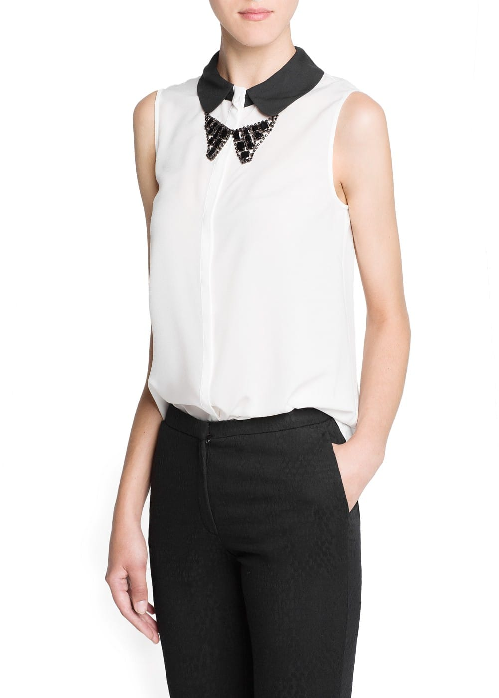 Crystals bow-tie necklace blouse | MANGO