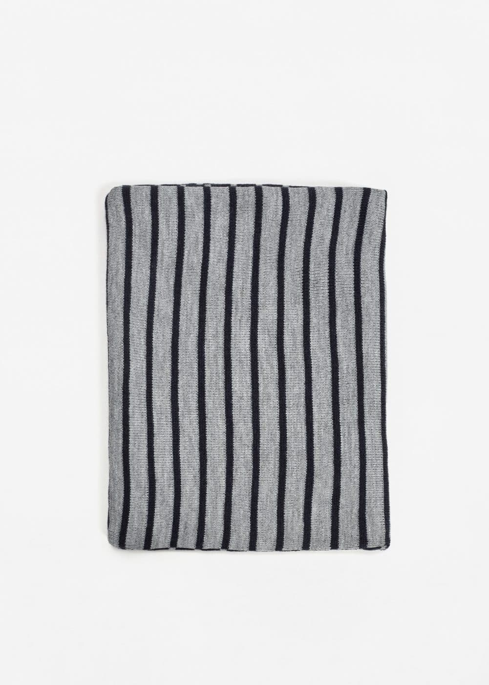 Reversible scarf | MANGO KIDS