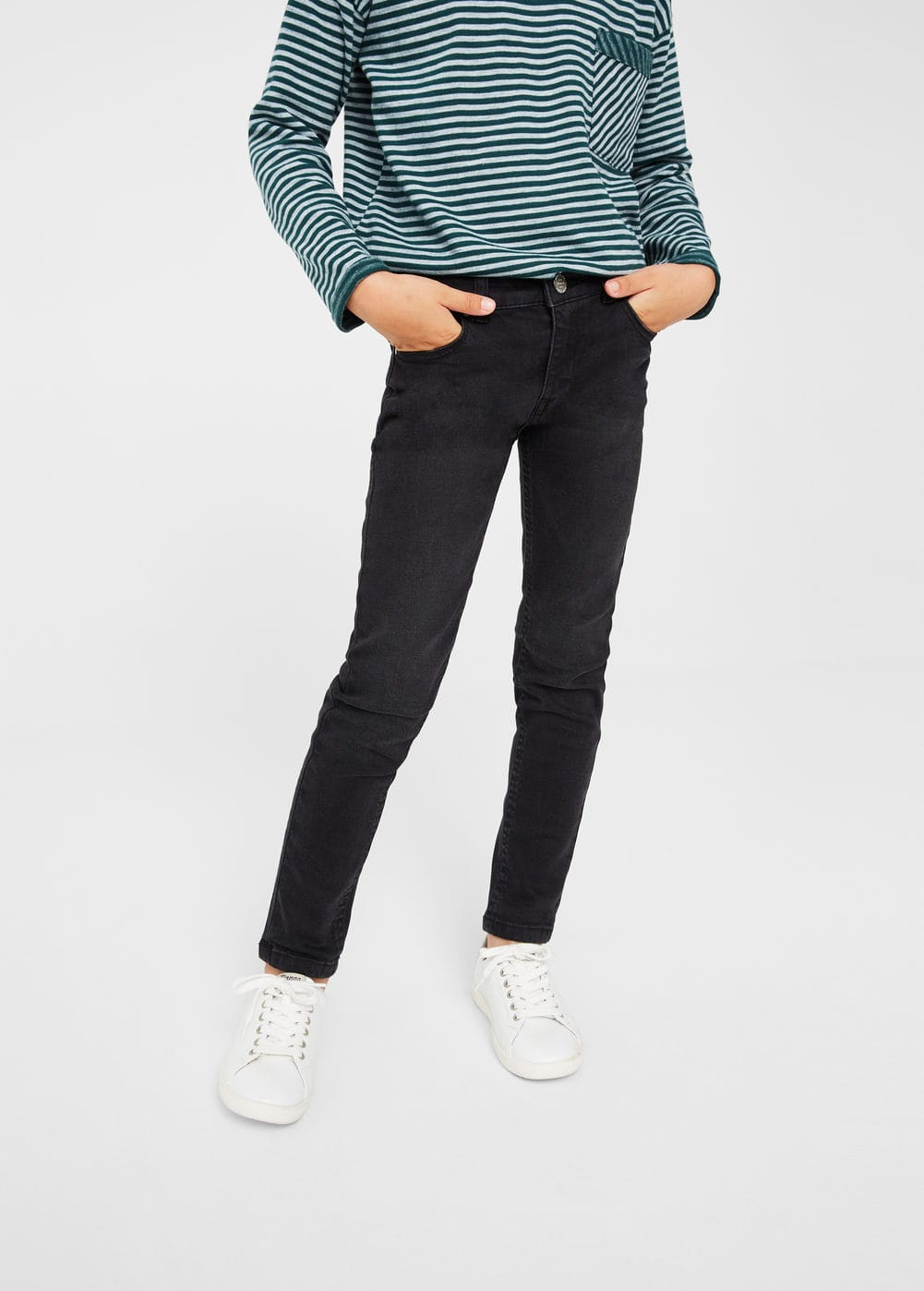 Slim-fit black jeans | MANGO